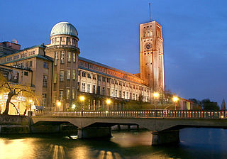 The Deutsches Museum by Max-k muc