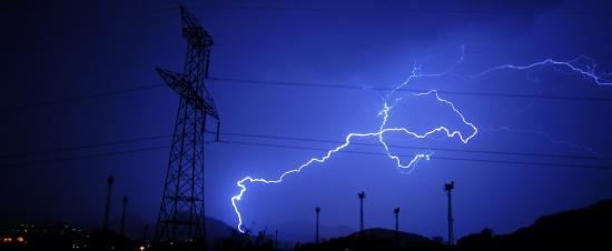 lightning-351195_1920_edit